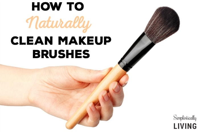 How to Naturally Clean Makeup Brushes Featured