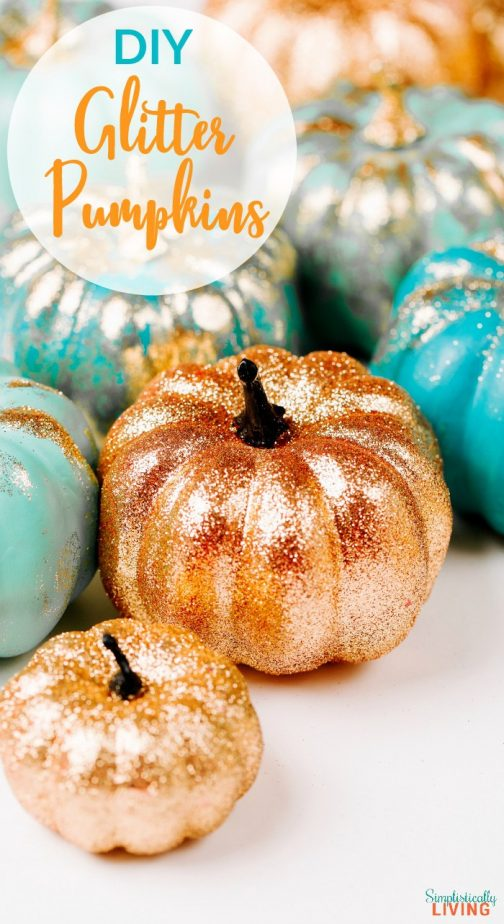 DIY Glitter Pumpkins - This is such a cute way to spruce up your home for fall. Super easy and sparkly too! #glitter #glitterprojects #glitterpumpkins #diyfall #falldecor #fallpumpkins