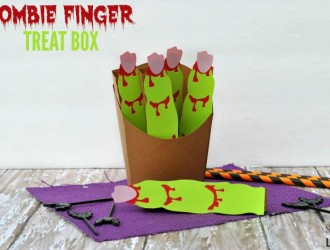 Zombie Finger Treat Box Silhouette Tutorial
