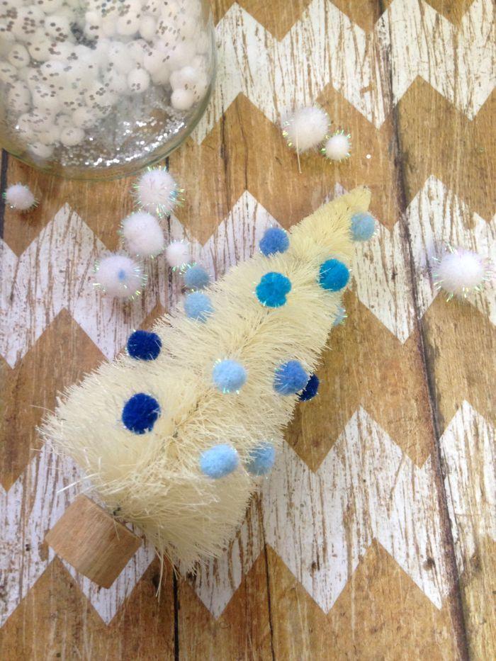 Bottle Brush Tree Waterless Snow Globe inprocess1