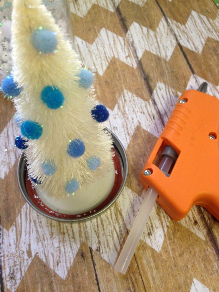 Bottle Brush Tree Waterless Snow Globe inprocess2