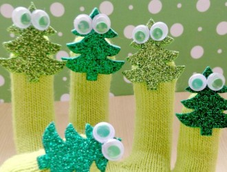 5 Little Christmas Trees Finger Puppets & Poem