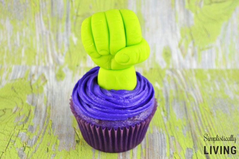 hulk cupcakes2
