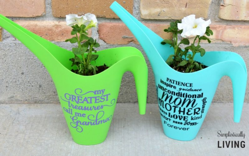 personalized watering can2