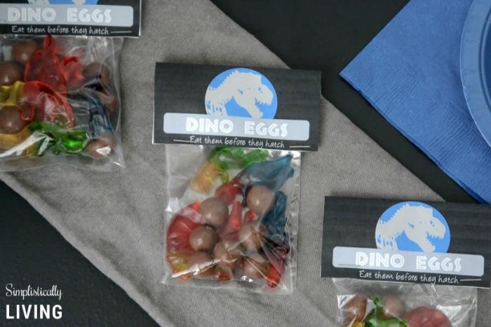 Jurassic World Dino Eggs Treats Bags Featured