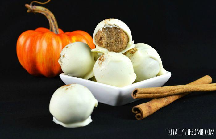 pumpkin-spice-cake-balls-featured