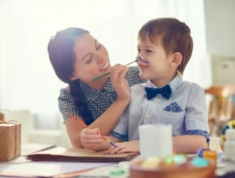 10 Tips for Being an Awesome Mom