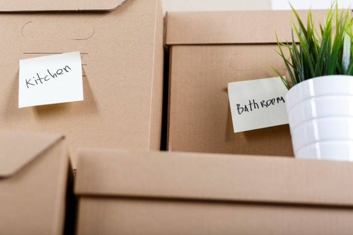 15 Hacks & Tips to Ease the Moving Experience Featured