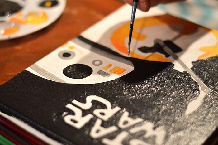 DIY BB-8 Painted Cavas Step5