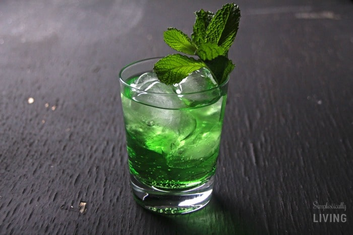 The Luck of the Irish Cocktail Featured