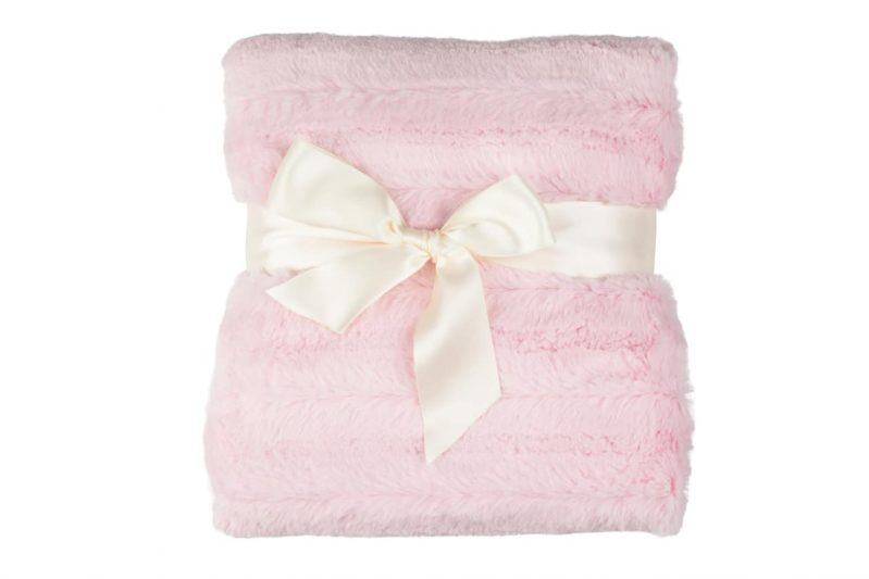 Faux-Fur-Blanket-800PinkBow__53404.1392323155.1280.1280 (1)