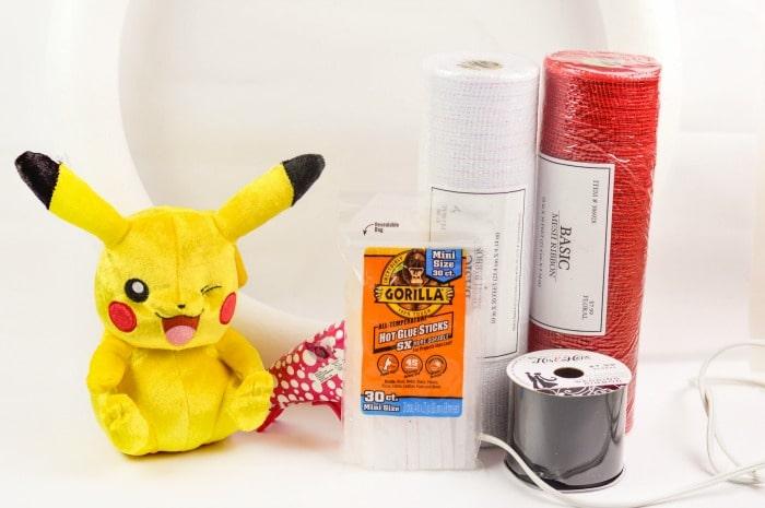 Pokemon Poke Ball Wreath supplies