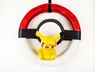 DIY Pokemon Poke Ball Wreath