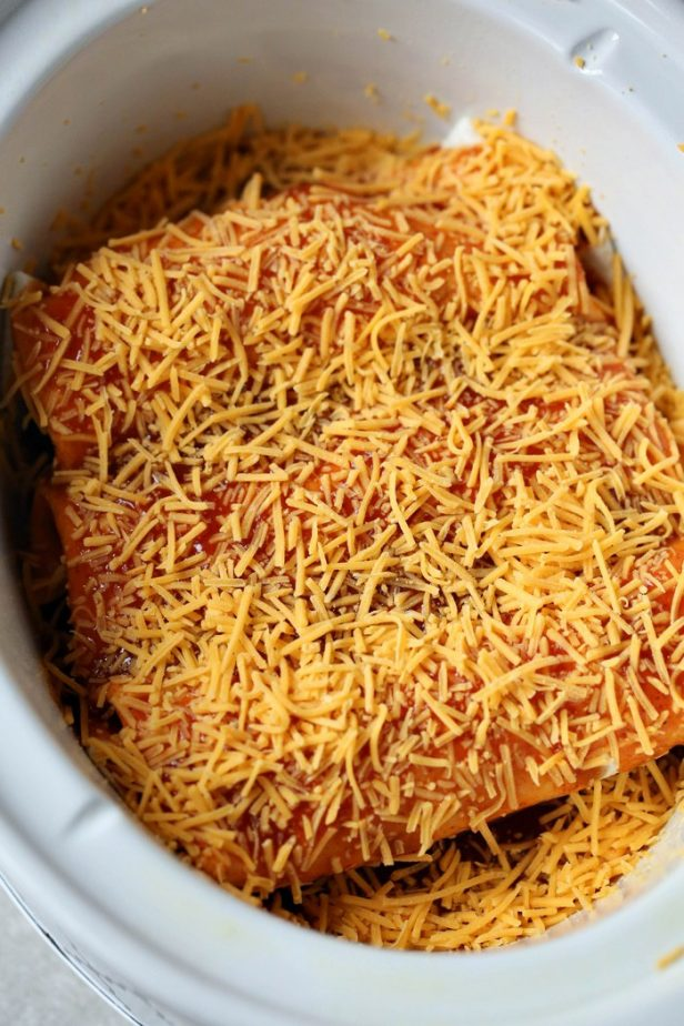 Crock Pot Enchiladas #crockpot #crockpotrecipes #slowcooker #enchiladas #crockpotenchiladas #simpleenchiladas