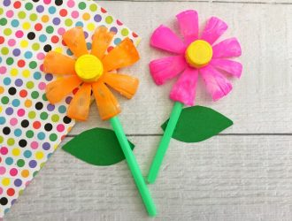 Plastic Bottle Flowers (Upcycle Project)