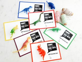 Dinosaur Valentines (with Free Printable Card)