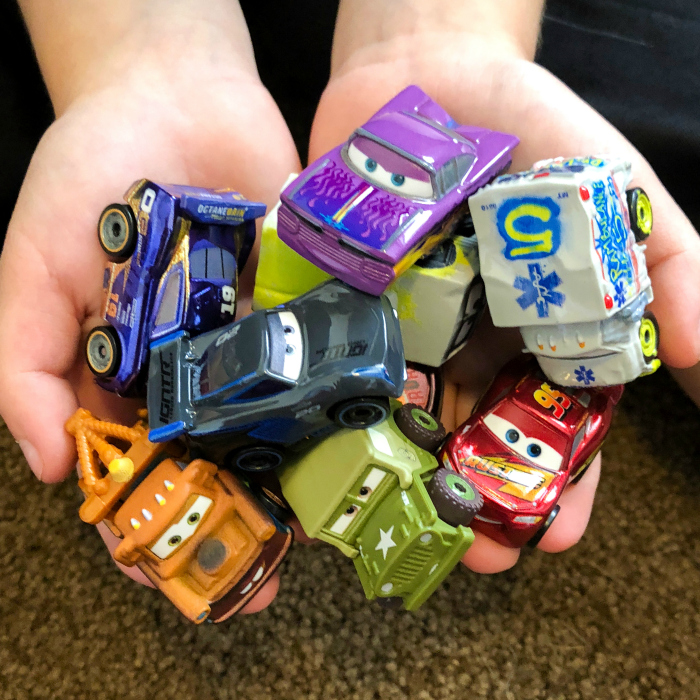 cars 3 mini die-cast cars