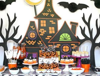 How to Throw an Epic Halloween Party