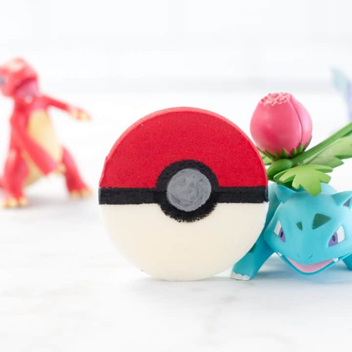 Pokemon Pokeball Squishy
