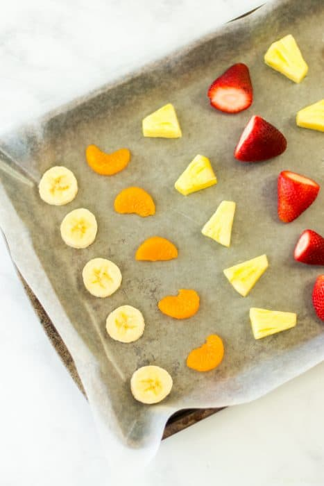 Learn How to freeze fresh fruit in 4 easy steps and keep the fruit fresher for longer!