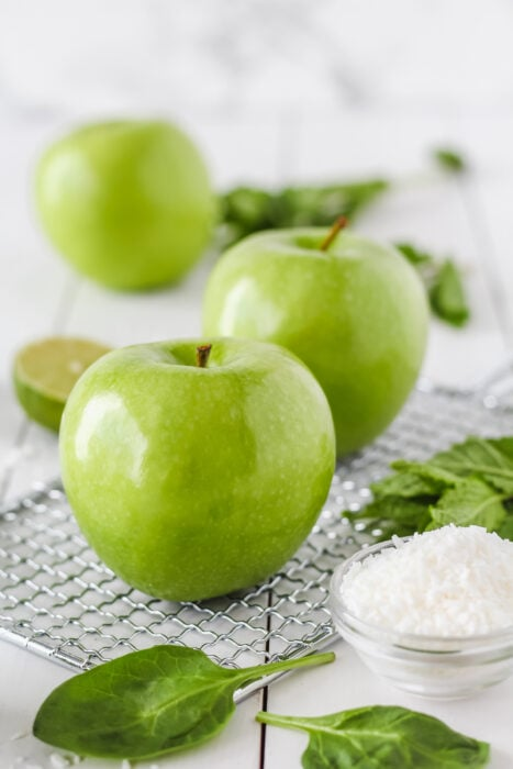 picture of green apples
