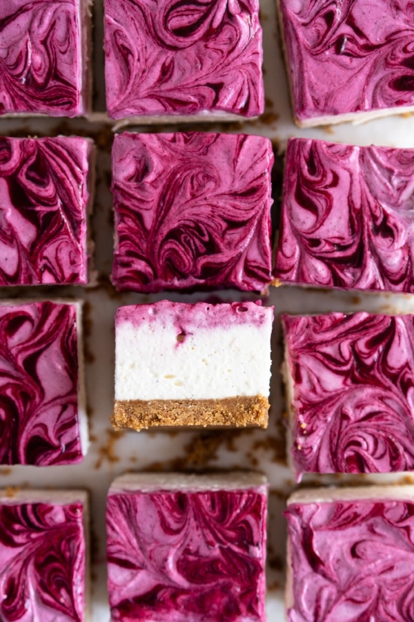 No Bake Mixed Berry Cheesecake Bars