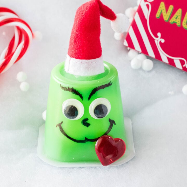 Grinch Pudding Cups