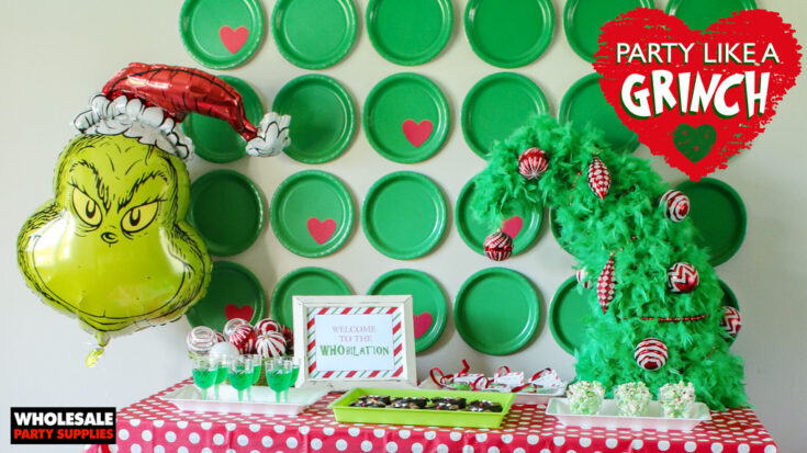 Grinch Tablescape