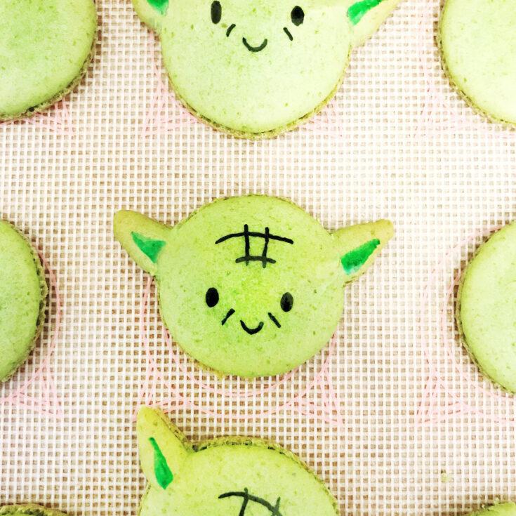 Yoda Macarons