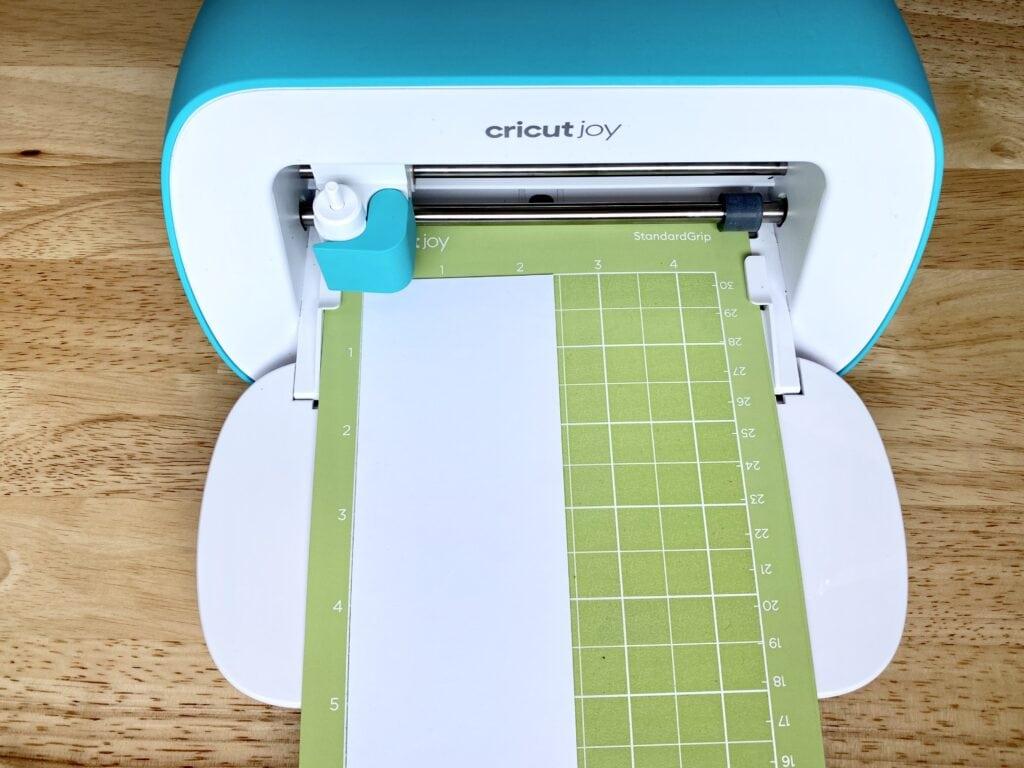 cricut machine cutting design
