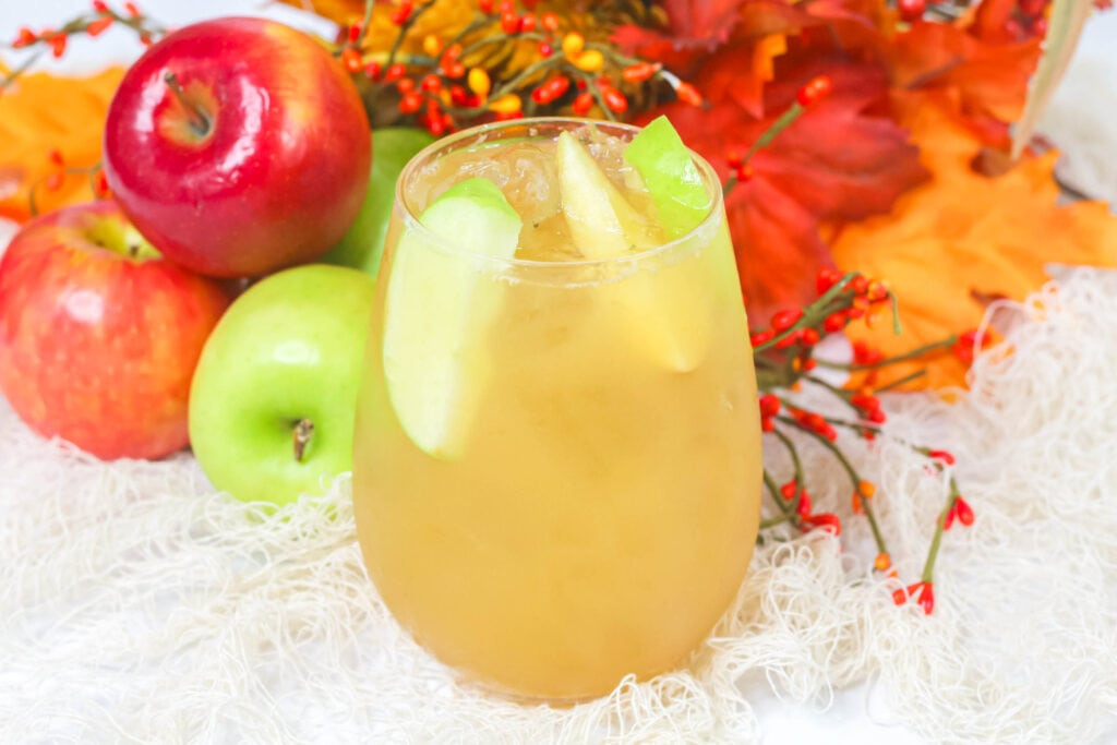 iced fall cocktail with apples