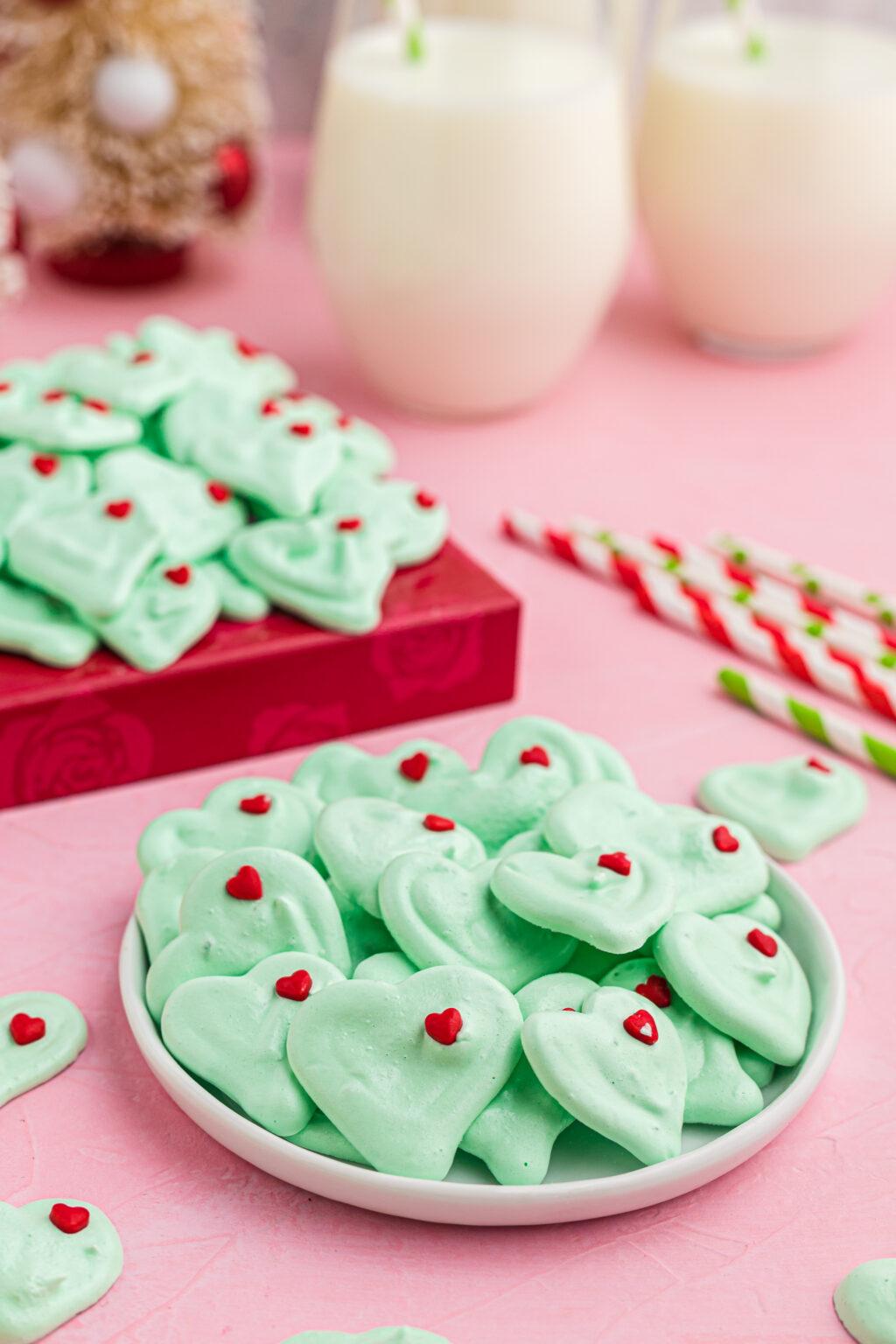 grinch meringues