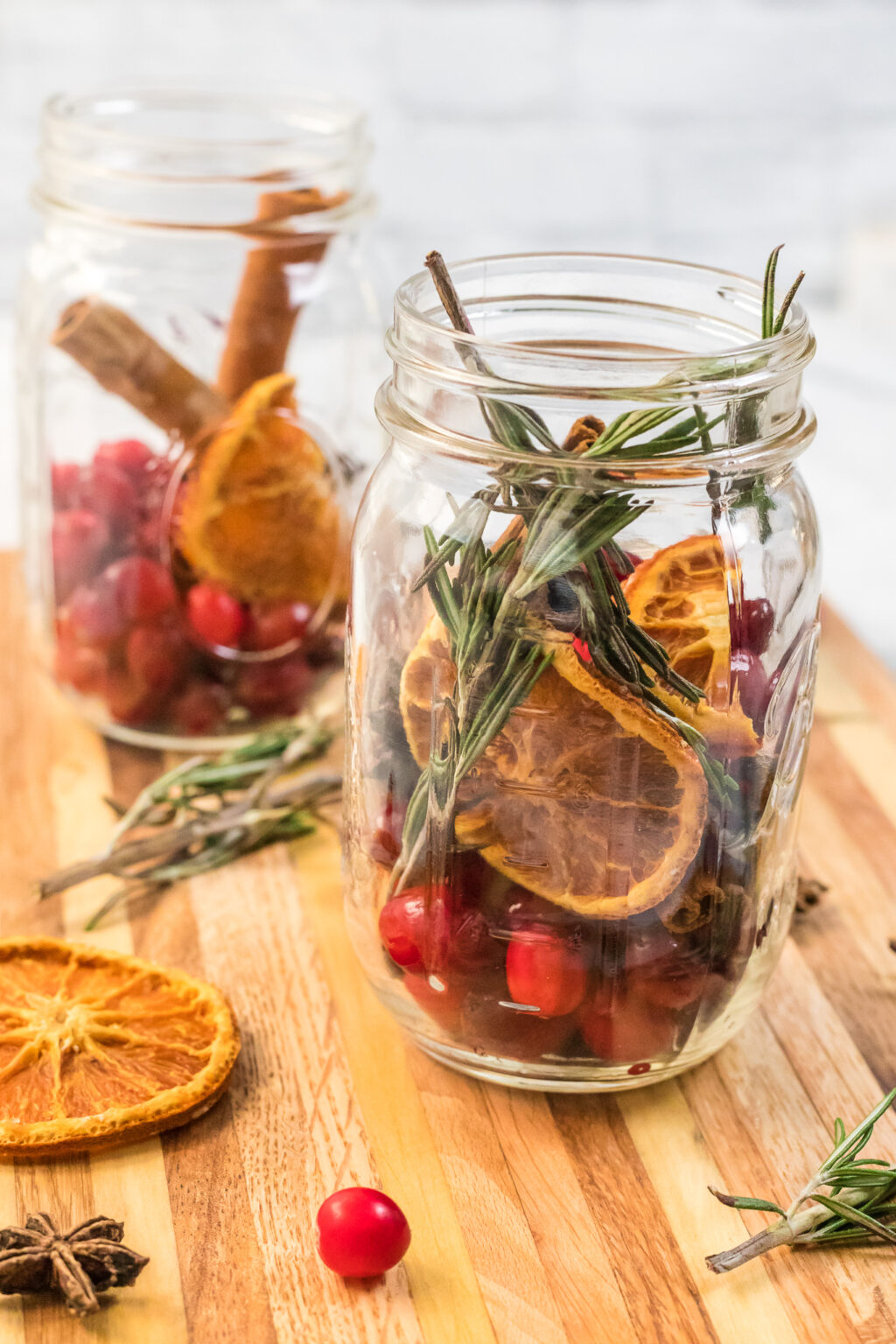 homemade holiday potpourri in jar