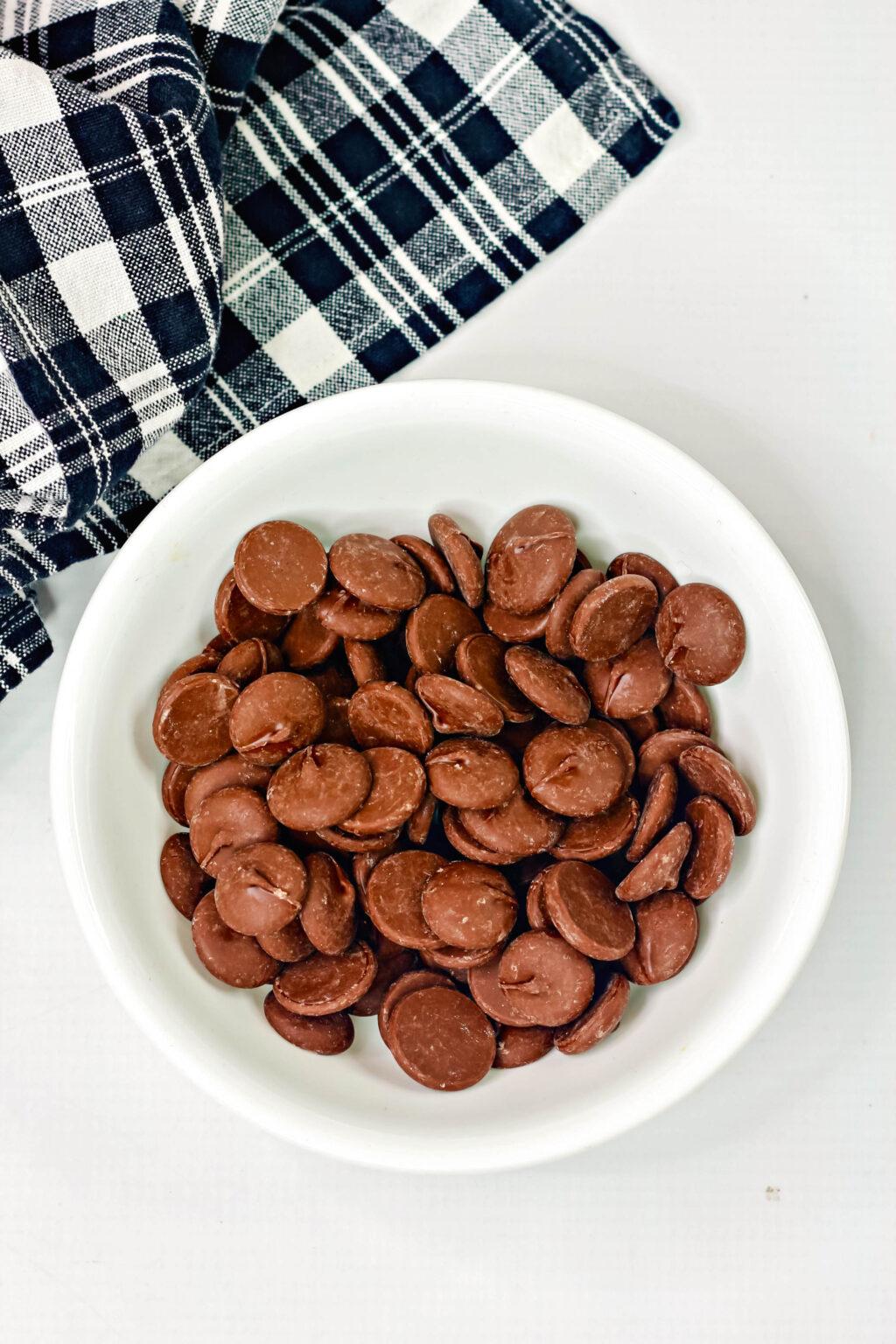 how to make mickey hot cocoa bombs