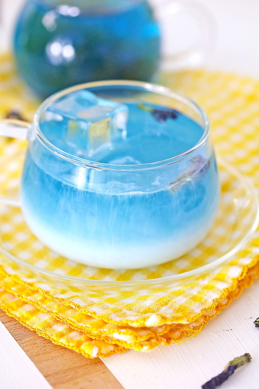 Butterfly Pea Tea Latte in a clear cup