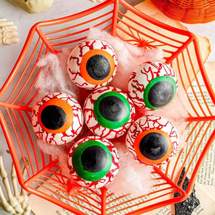 Eyeball Hot Cocoa Bombs